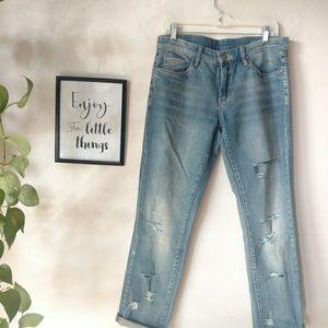 Blank NYC Boyfriend jeans distressed size 29